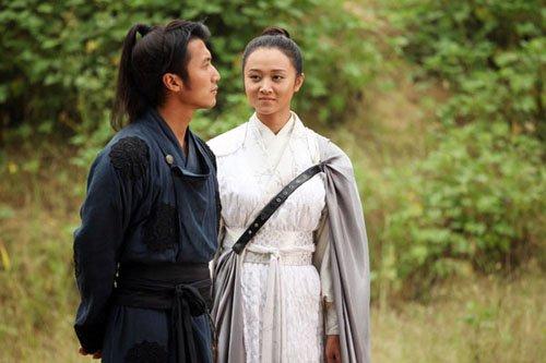 ...关系.  在电视剧《剑侠情缘-藏剑山庄》中,故事的起点是在未