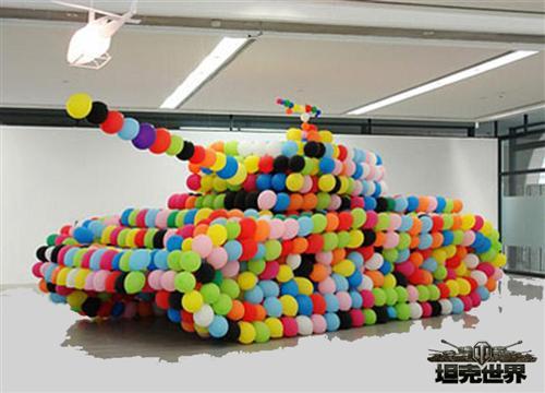 比如坦克折纸绝对是我们童年时的最爱,橡皮泥捏出的坦克和乐高玩具