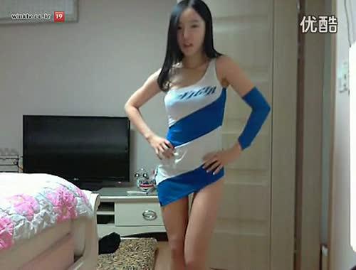 韩国女主播朴妮唛精油