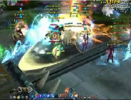 玩家送给一区天机盟的兄弟百人团战+BOSS