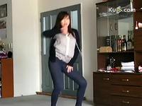 美女性感紧身裤热舞 游戏视频