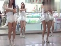 高跟鞋翘臀美女热舞 游戏视频