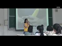 视频: 大学美女老师课堂现场演示避孕套使用方法