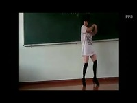 高清热播 制服丝袜美女热舞自拍-游戏视频_17