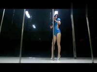 免费视频 美女热舞 性感钢管舞表演美女性感热舞艳舞