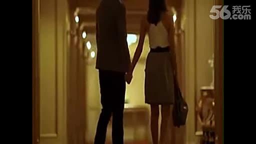 日本电梯激情舌吻美女 游戏