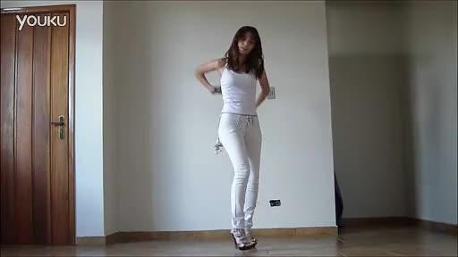 紧身裤日本美女热舞 日本美女-免费在线观看-3