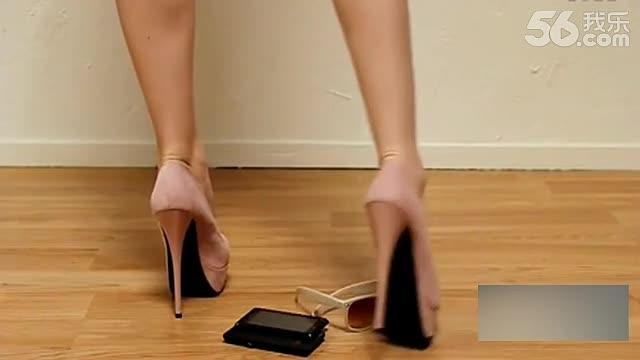 高跟鞋踩踏 360视频搜索;