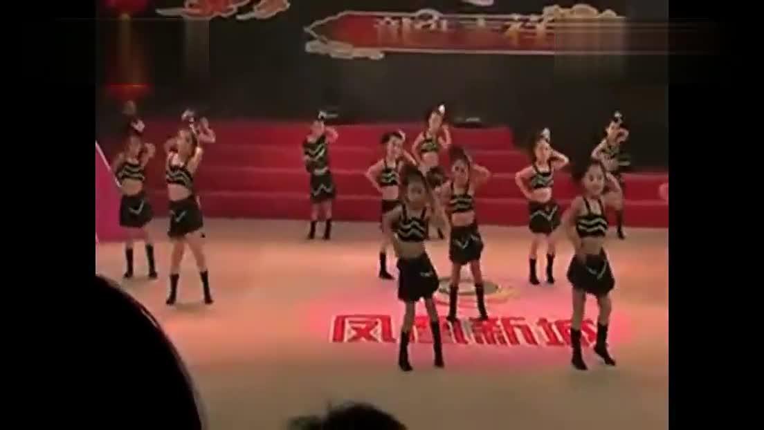 大眼睛舞蹈视频_优酷04:01 儿童 舞蹈《大眼睛》 幼儿舞蹈视频大全最新(爵士舞.