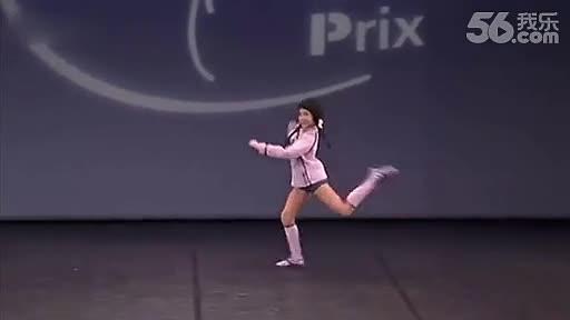 美国女孩表演怪异提线木偶舞蹈 视频