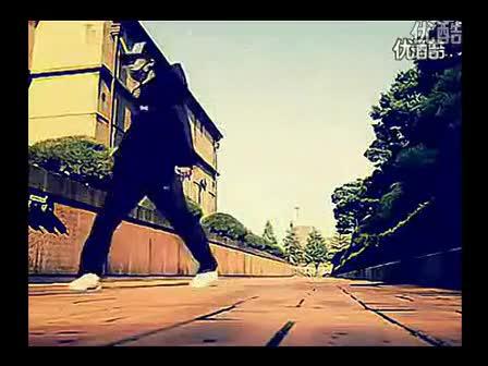 天津美女跳鬼步舞视频