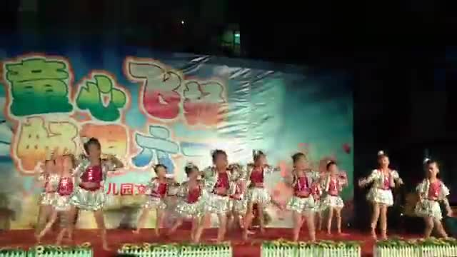 《老师亲妈妈亲》六一幼儿园舞蹈视频-原创