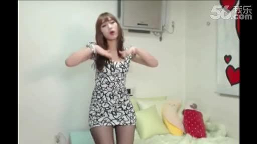 热舞视频_韩国美女性感视频 【 热舞诱惑】vs朴妮麦 bj 美女热舞-性感 超清热播